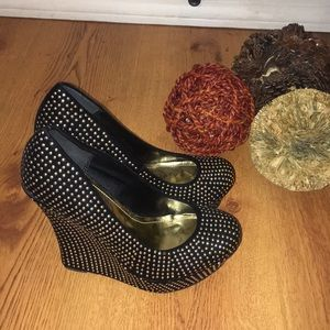 Posh wedges heels size 8